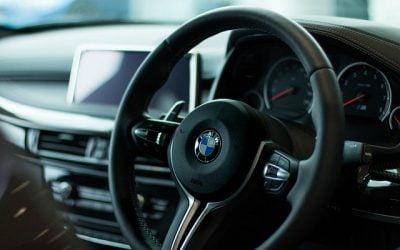 Odstąpienie od umowy sprzedaży samochodu w teorii i praktyce